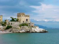Cerca una casa per vacanze sulla costiera amalfitana