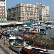 Scegli e prenota un appartamento a Napoli!